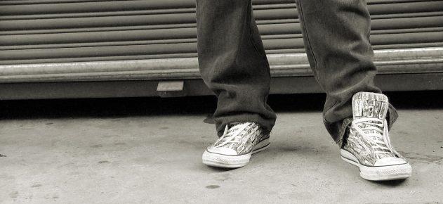 shoes-concrete-1439998